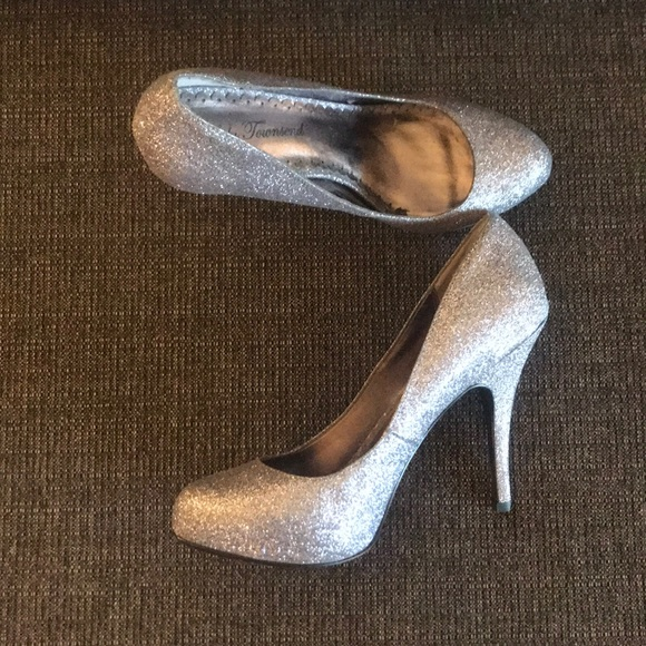 Lulu Townsend Shoes - 🐶 3 for $50 🐶 Heels